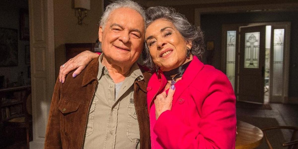Garcia (Othon Bastos) e Elvira (Betty Faria) em A Força do Querer (Foto: Globo/Mauricio Fidalgo)
