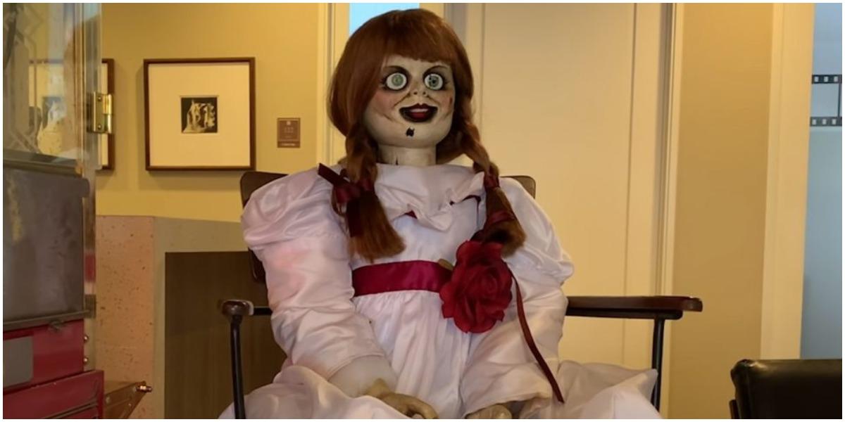Annabelle foge do museu Foto: Reprodução)