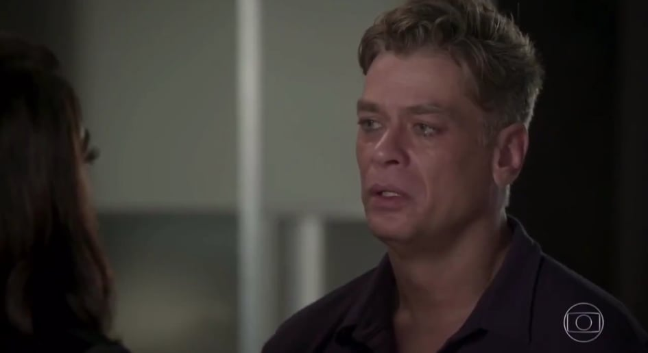 Arthur chora na novela Totalmente Demais