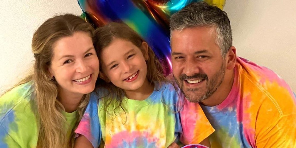 Bianca Castanho com Cecília e Henry Canfield (Foto: Reprodução/Instagram)