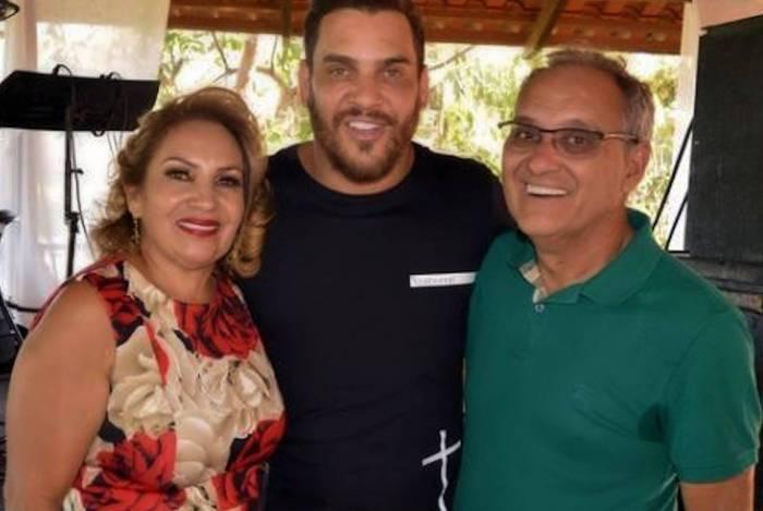 Mãe de Cauan tem piora um dia após cantor deixar hospital - (Reprodução/Instagram)