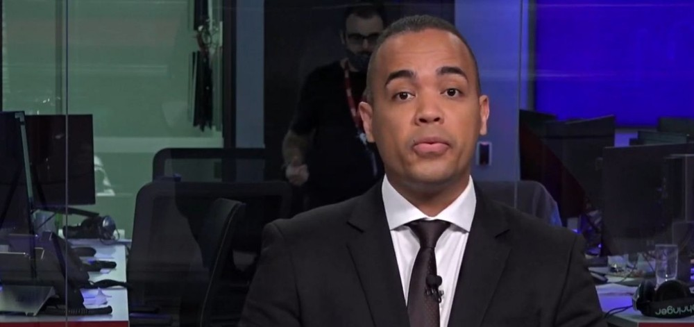 Diego Sarza é âncora da CNN Brasil (Foto: Divulgação)