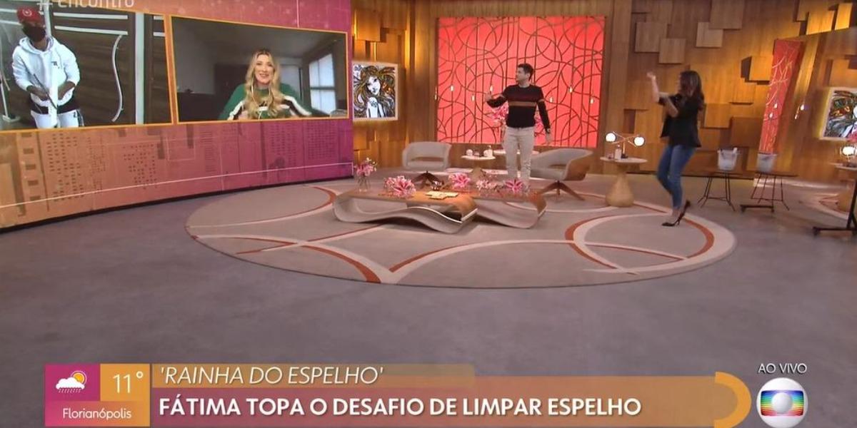 Fátima Bernardes e André Curvello com Dani Calabresa no Encontro (Foto: Reprodução/TV Globo)