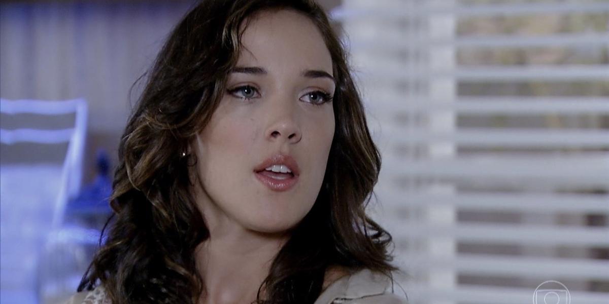 Patrícia (Adriana Birolli) em cena de Fina Estampa (Foto: Reprodução/Globo)
