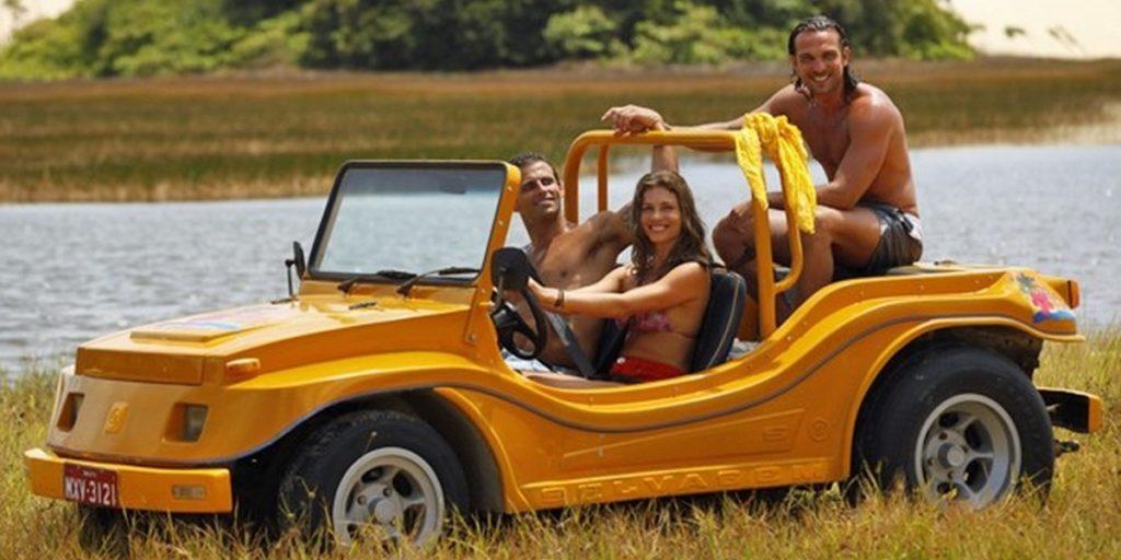 Cassiano (Henri Castelli), Ester (Grazi Massafera) e Alberto (Igor Rickli) em Flor do Caribe (Foto: Divulgação/Globo)