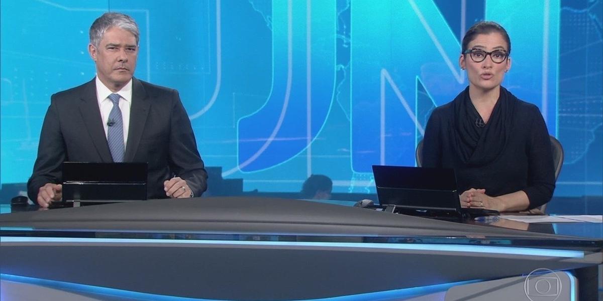 William Bonner e Renata Vasconcellos no comando do Jornal Nacional (Foto: Reprodução/Globo)