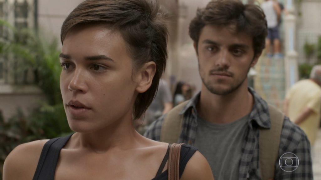 Leila e Jonatas na trama de Totalmente Demais