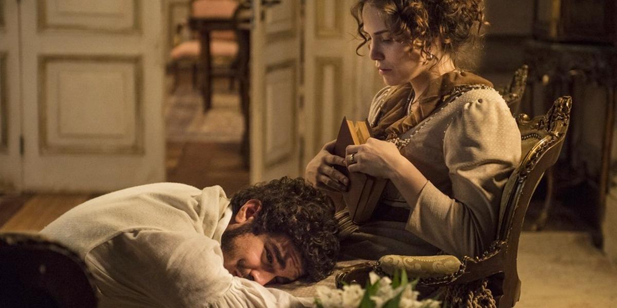 Dom Pedro (Caio Castro) tenta reconquistar Leopoldina (Letícia Colin) em Novo Mundo (Foto: Globo/Maurício Fidalgo)