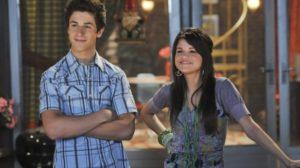 Selena Gomez e David Henrie em Os Feiticeiros de Waverly Place (Foto: Reprodução)