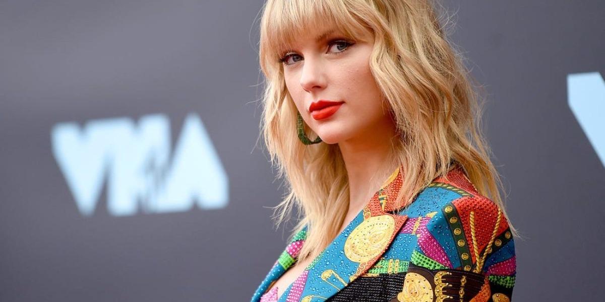 Taylor Swift anuncia gravidez (Foto: Reprodução)
