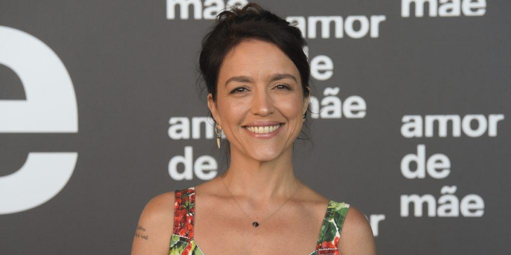 Manuela Dias é autora de Amor de Mãe. (Foto: Divulgação)