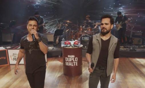 Zezé Di Camargo e Luciano fizeram mais uma live juntas (Foto: Reprodução)