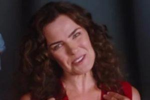 Ana Paula Arósio voltou à TV em comercial do Santander (Foto: Reprodução)