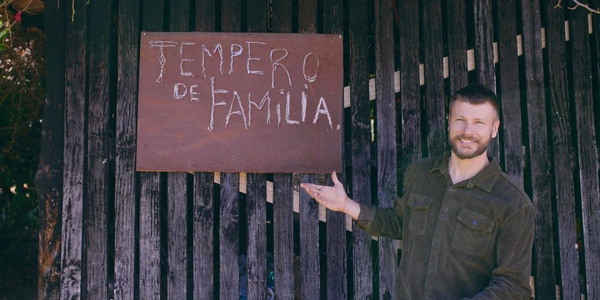 """Rodrigo Hilbert erra receita em quadro """"Tempero de Família"""" no """"É de Casa"""" e público não perdoa (Foto: Reprodução/Marina Baggio)"""