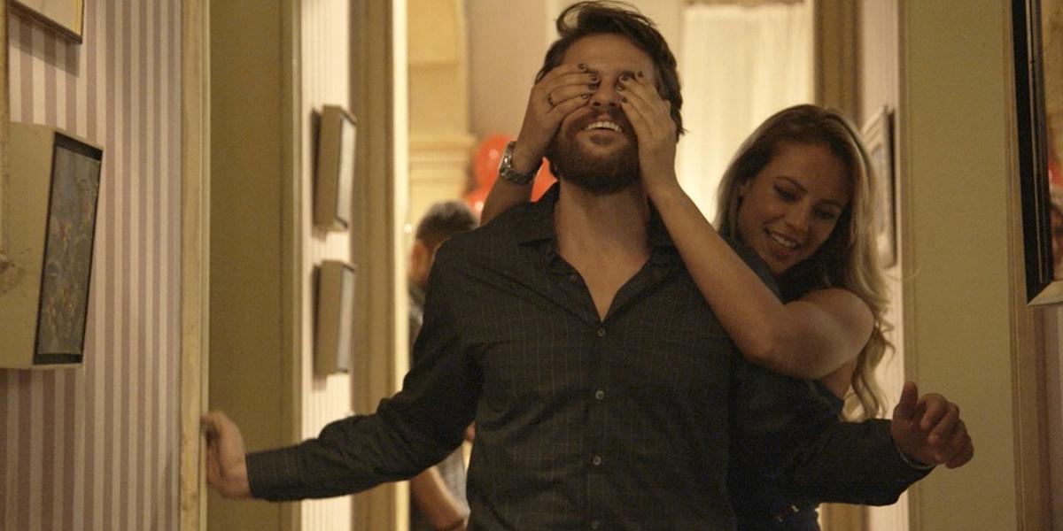 Jeiza (Paolla Oliveira) arma vingança contra o noivo (Foto: Reprodução/Globo)