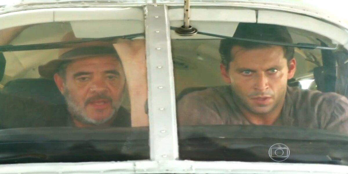 Duque e Cassiano tentam fugir em Flor do Caribe