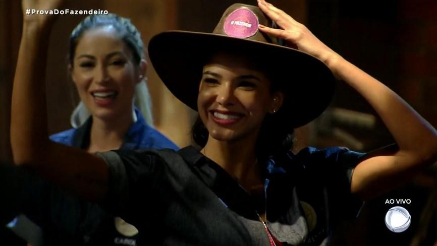 Jakelyne Oliveira, Miss Brasil 2013, se consagrou como a primeira fazendeira em A Fazenda 12 (Foto: reprodução/Record)