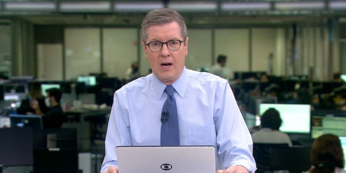 Márcio Gomes apresenta o 'Jornal Hoje' (Foto: reprodução/Globo)