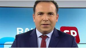 Reinaldo Gottino se emocionou durante despedida do Balanço Geral SP (Foto: Reprodução)
