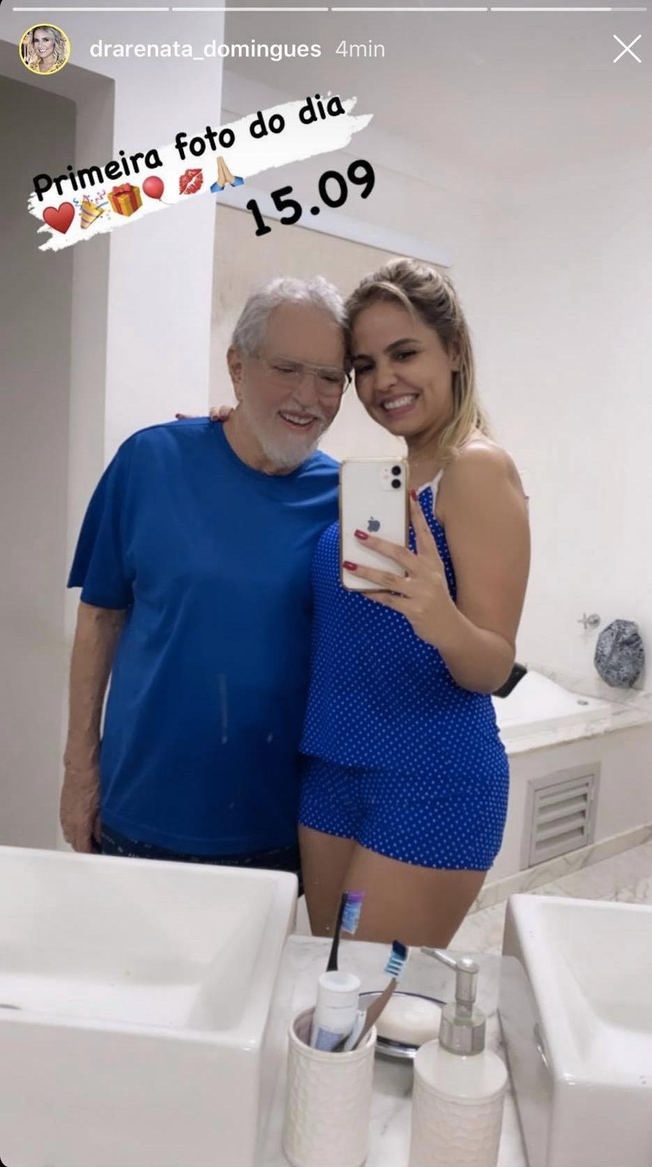 Renata Domingues e Carlos Alberto de Nóbrega (Foto: reprodução/Instagram)
