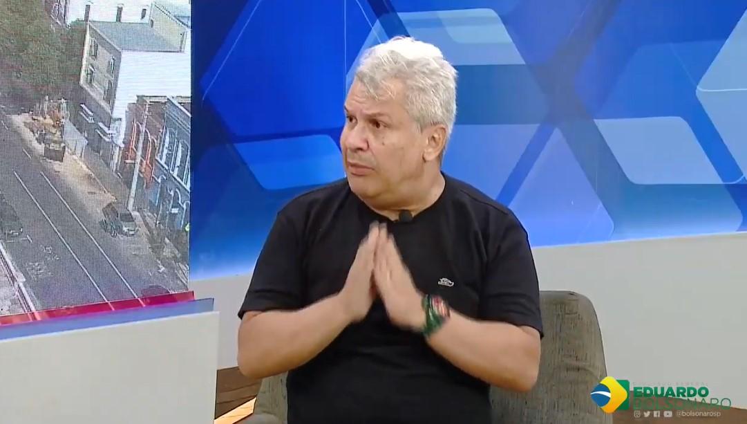 Sikêra Jr detonou durante vídeo para o canal do deputado Eduardo Bolsonaro - Foto: Reprodução