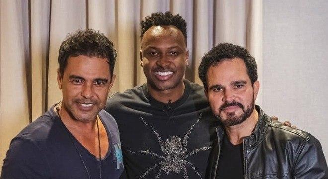 Thiaguinho se reuniu com Zezé di Camargo e Luciano (Foto: Divulgação)