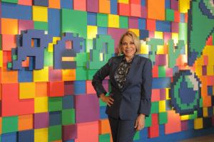 Claudete Troiano em sua chegada na RedeTV! (*Créditos Fotos: Divulgação/RedeTV!)