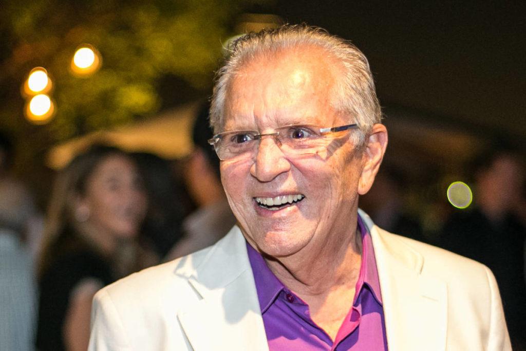 Carlos Alberto de Nóbrega tem tido que lidar com noticias (Foto reprodução)