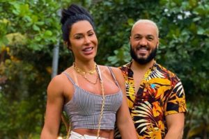 Belo abre intimidade com Gracyanne Barbosa no OtaLab (Foto: Reprodução/Instagram)