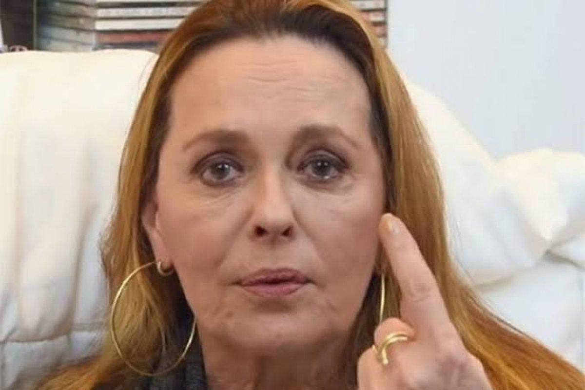 Atriz Maria Zilda voltou a atacar a Globo em live (Foto: Reprodução)