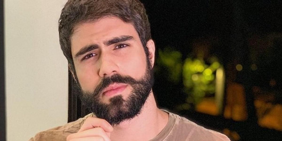 Globo: Juliano Laham passou por cirurgia para retirada de tumor (Foto: Reprodução)