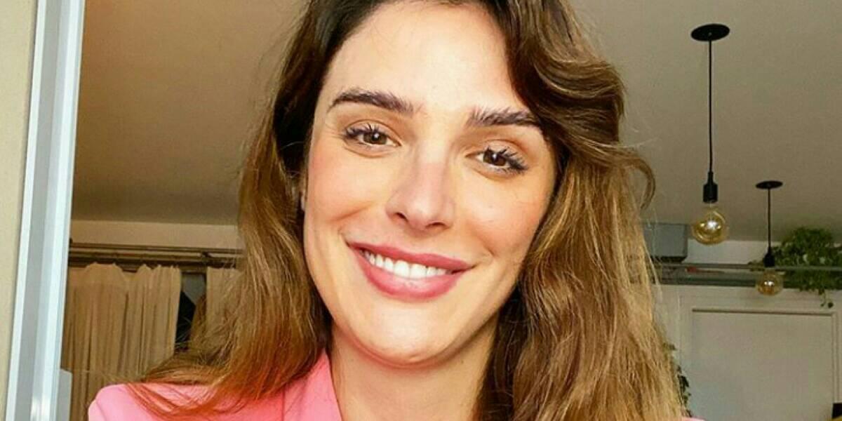 Rafa Brites fica bêbada ao pedir demissão na Globo