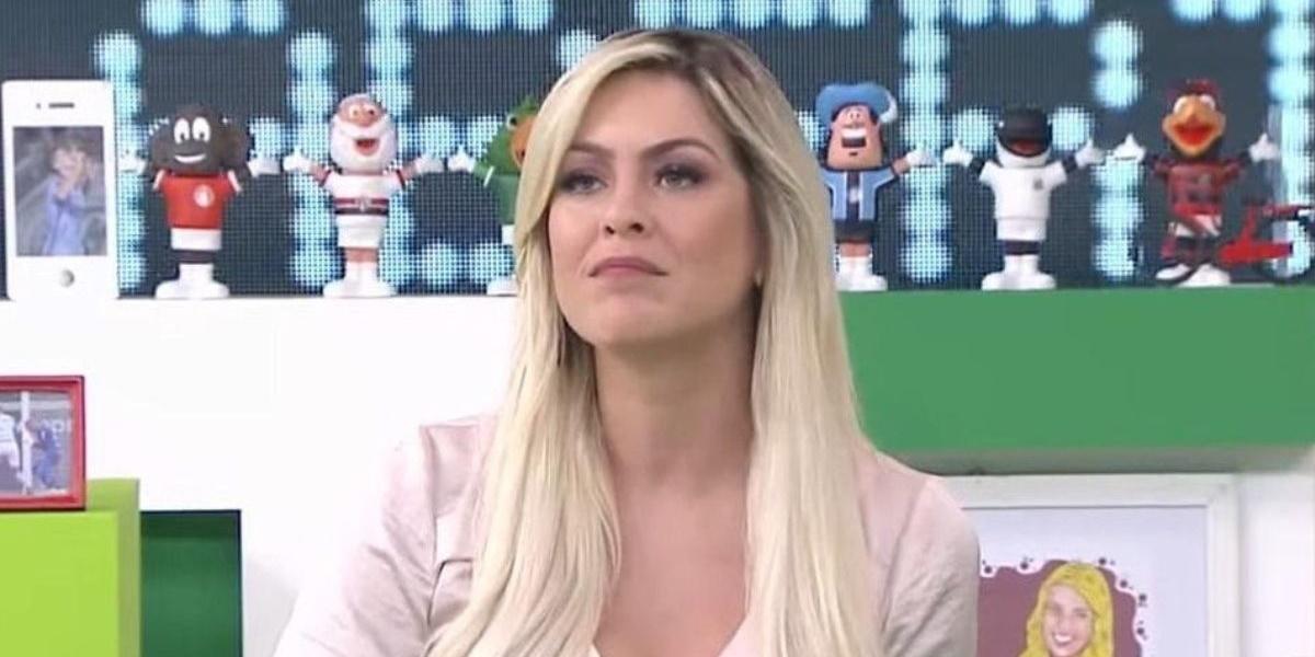 Denilson: Renata Fan ficou surpreendida com invasão no Jogo Aberto (Foto: Reprodução)