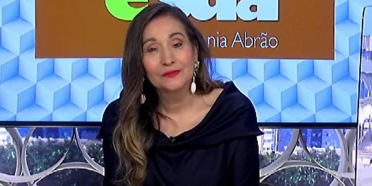 Geladeira: Sonia Abrão rasgou o verbo contra a Globo, após estreia do novo programa de Angélica no canal carioca (Foto: Reprodução)