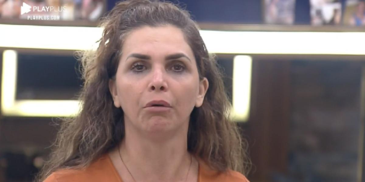 Luiza Ambiel é provocada por Tays e Lidi em A Fazenda 12 (Foto: Reprodução)