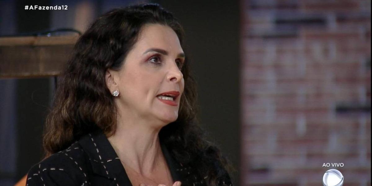 Luiza Ambiel critica Jojo Todynho e defende Biel (Foto: Reprodução) A Fazenda