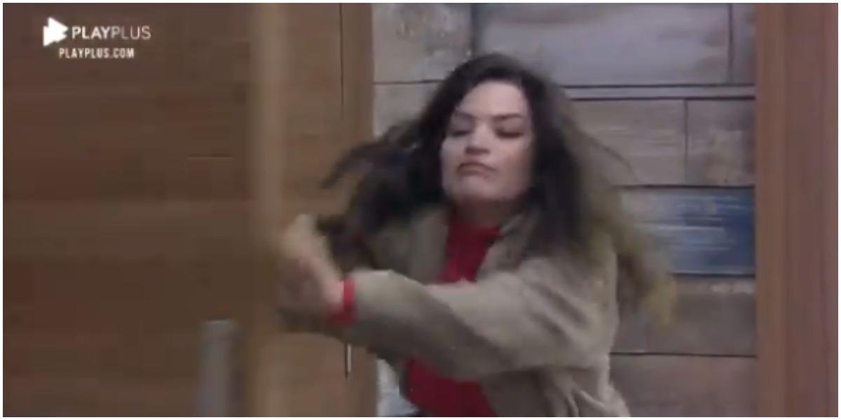 Raissa surtou após discussão com Luiza Ambiel em A Fazenda 12 (Foto: Reprodução)