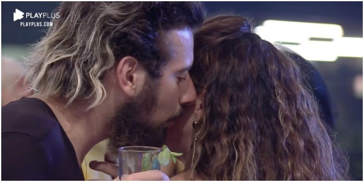 Cartolouco e Luiza deram beijo em A Fazenda 12 - Foto: Reprodução