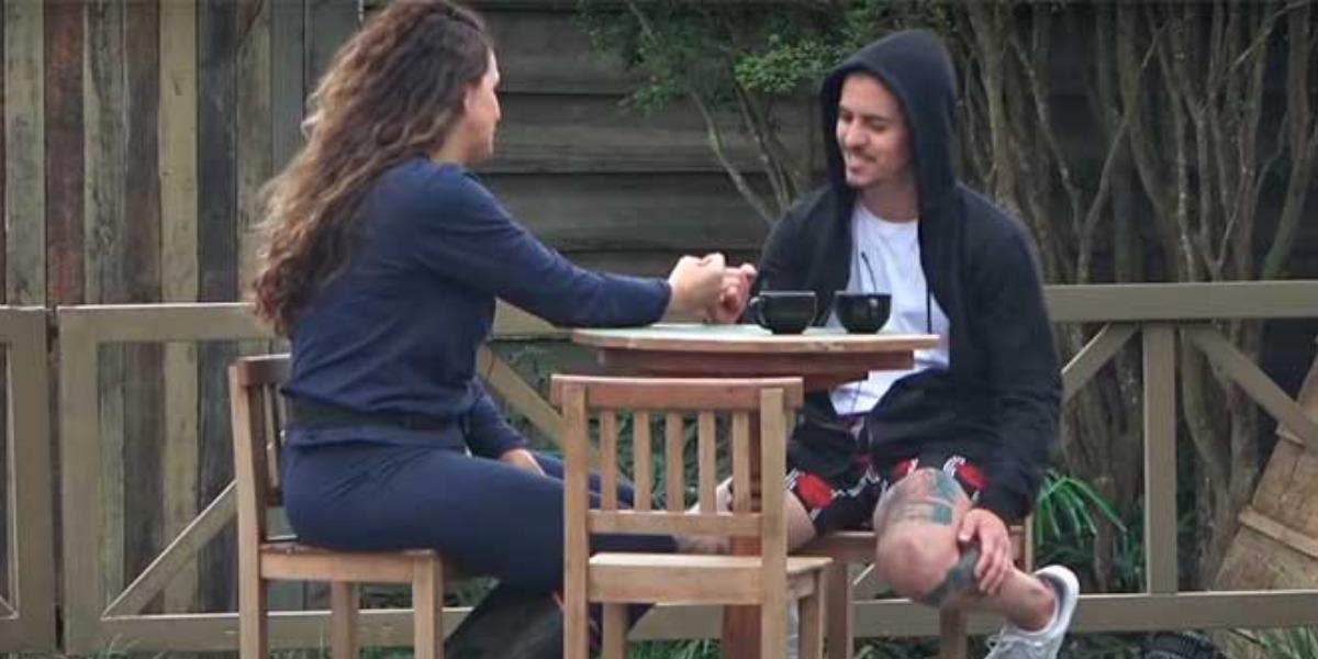 Biel conversando com Luiza Ambiel (Foto: Reprodução)