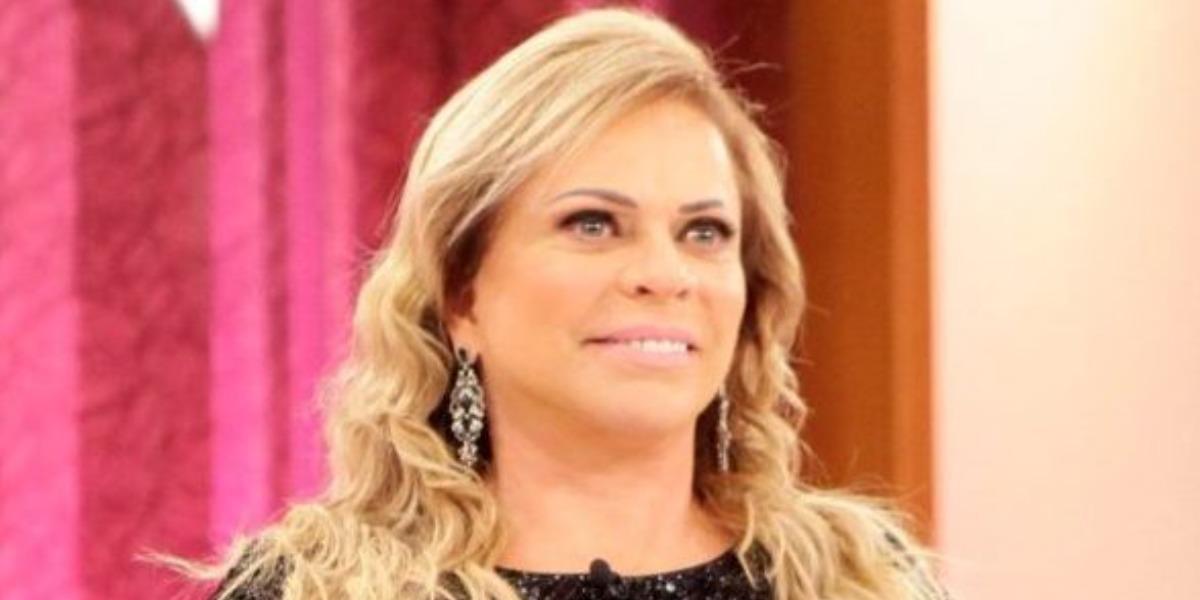 """Christina Rocha é a apresentadora do """"Casos de Família"""" (Foto: Divulgação/SBT)"""