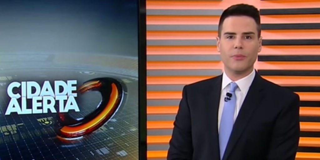 Luiz Bacci comanda o Cidade Alerta (Reprodução/Record)