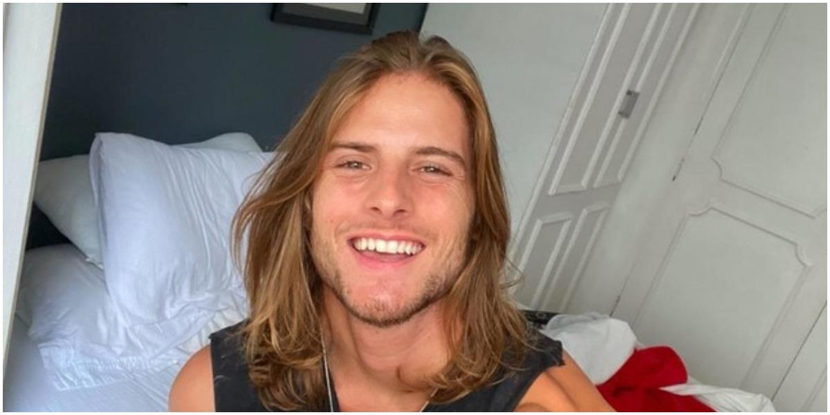 Daniel, do BBB20, antes de cortar o cabelo - Foto: Reprodução