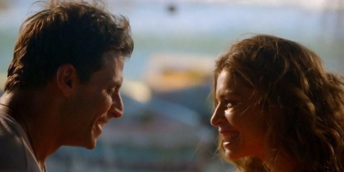 Ester e Cassiano um de frente para o outro em Flor do Caribe