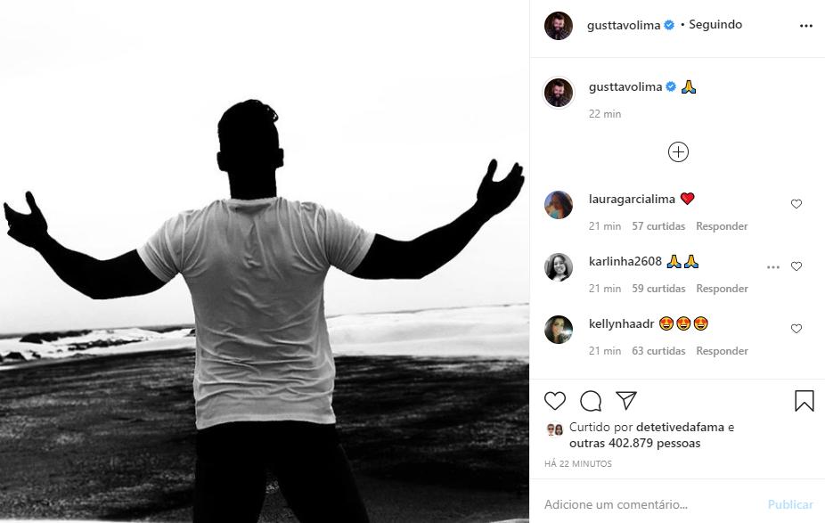 Gusttavo Lima postou foto enigmática e detalhe na mão esquerda chamou atenção (Foto: Reprodução/ Instagram)