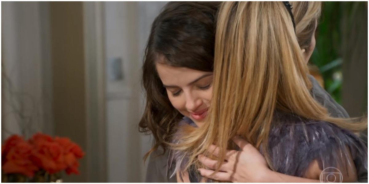 Camila e Fedora se encontram em Haja Coração - Foto: Reprodução