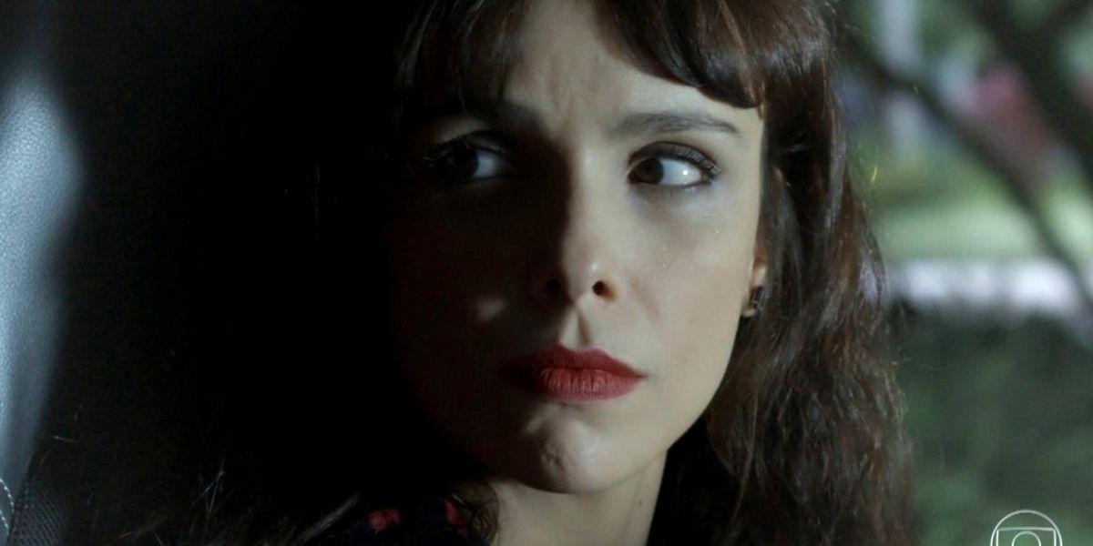 Imagem de A Força do Querer com foco no rosto de Irene