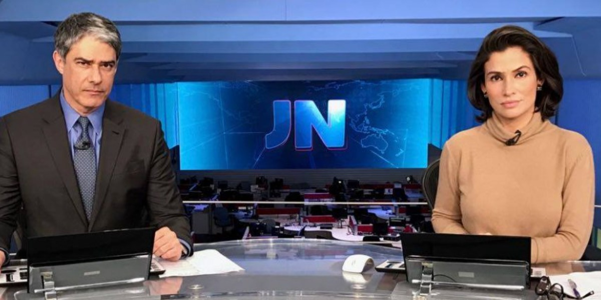 """William Bonner e Renata Vasconcellos no """"Jornal Nacional"""" (Foto: Reprodução/TV Globo)"""