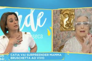 Mamma Bruschetta foi surpreendida por uma proposta de Catia Fonseca (Foto: reprodução/Youtube)