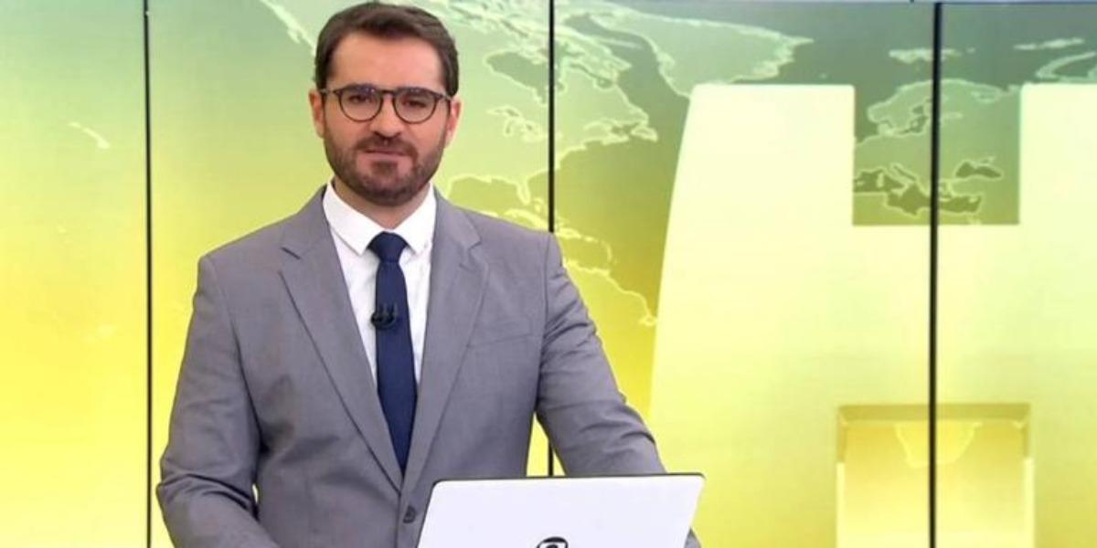 Marcelo Cosme no comando do Jornal Hoje (Foto: Reprodução)