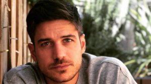 Marco Pigossi revelou truque usado na Globo e em outras emissoras (Foto: Reprodução/Instagram)